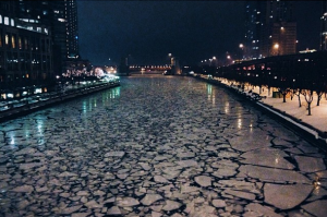 Chicago River (photo by Robin Davis)