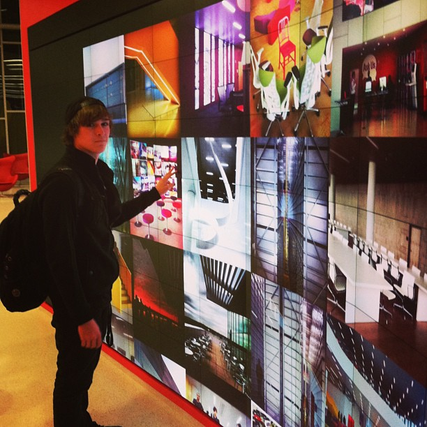 Viewing My #HuntLibrary in the Immersion Theater. Photo by Instagram user crmelvin14.